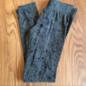 Mossimo Gray and black floral leggings-Ladies M